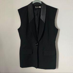 Black vest leather like collar size 10